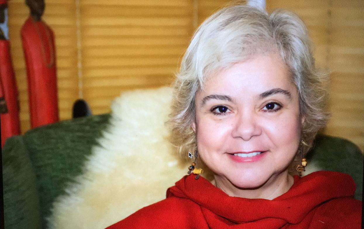 Bárbara López, la poeta colombiana a quien la violencia exilió