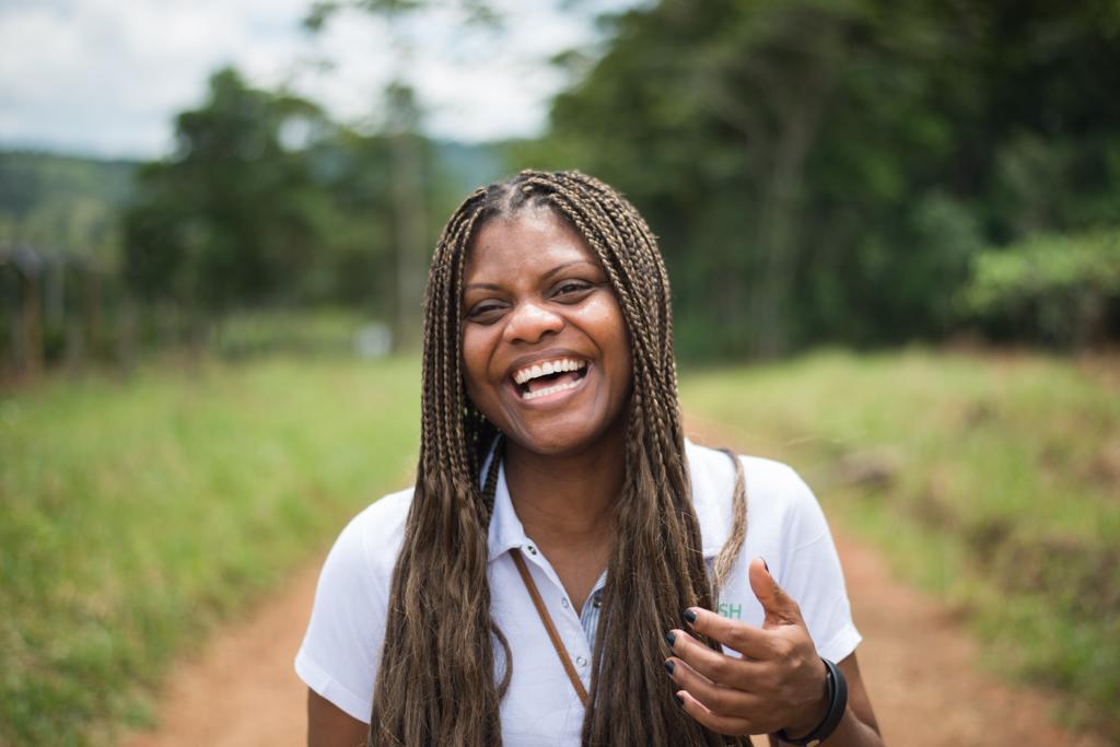 """""""Los líderes logran cambios de abajo hacia arriba, ayudémoslos"""": Rose Williams"""