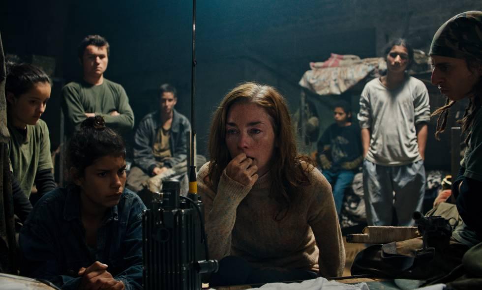 Monos, una película para mirar el conflicto a los ojos