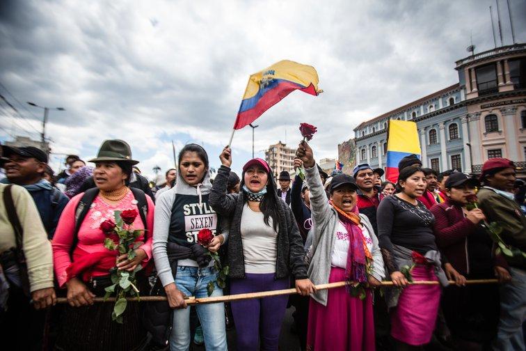 ¿Por qué hay un terremoto social y político en Ecuador?