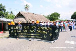 Foto1_Mujeres_contra_guerra
