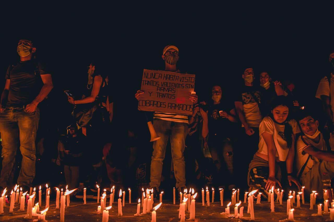 PACIFISTA! y la Liga Contra el Silencio presentan: Días de terror policial en Colombia