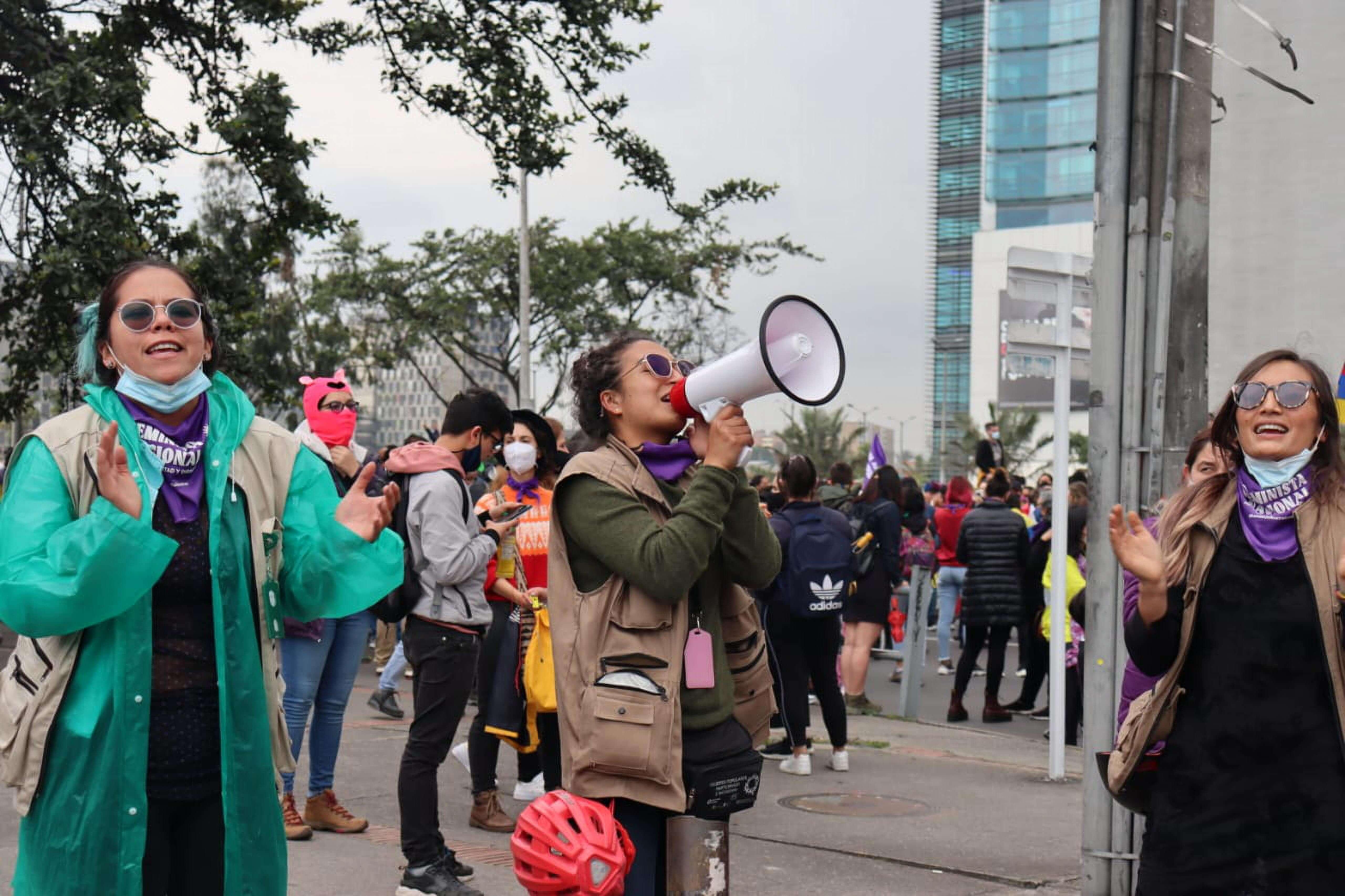 Defender la vida en el Paro Nacional: esta es La Esquema Feminista de DDHH en Bogotá